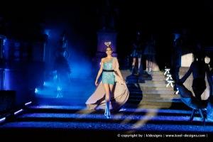 Glamour fehlt in der Glam-Ausstellung; holy Ghost Show, Foto Tim Köck
