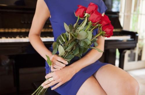 Rosen für die große Liebe? Doch im deutschen TV findet man meist nur Gefaktes Foto:RTK