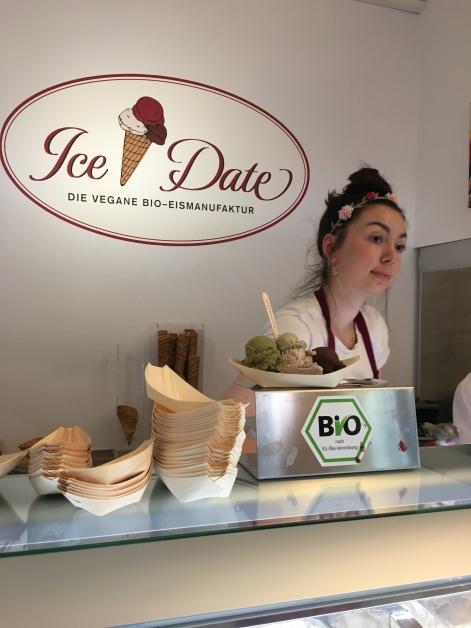 Ice Date bietet vegane Eissorten in München