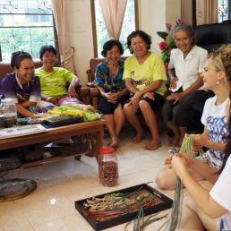Arbeiterinnen in Fair Trade Manufaktur