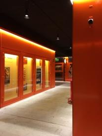 Containergelände - das Orange erinnert an die ehemaligen Pfanniwerke