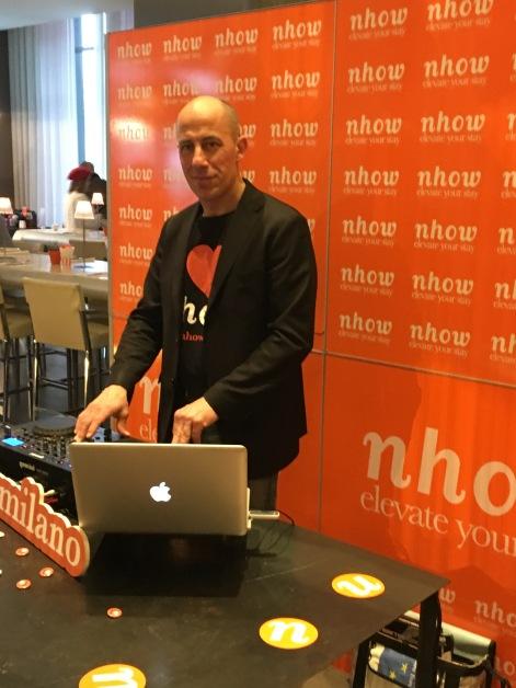 Der DJ zum Frühstück