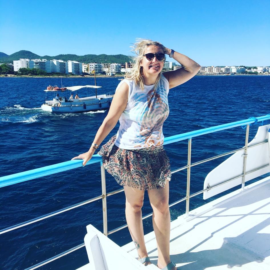 Mit dem Boot kommt man preiswert überall hin in Ibiza