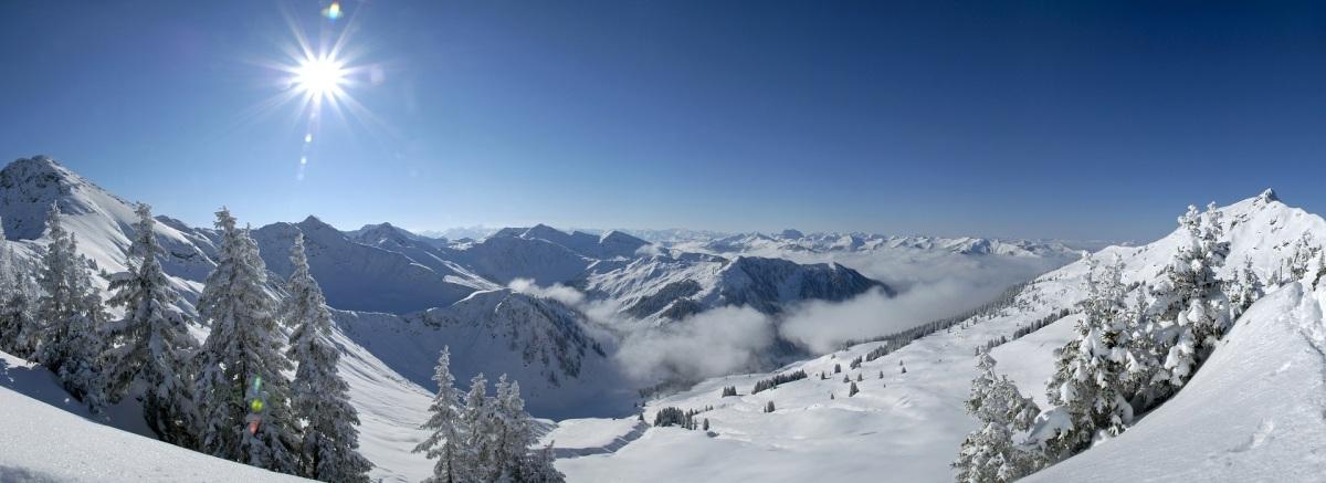 Umweltschonendes, kostenloses Bahnticket für die Skiregion Kitzbühler Alpen