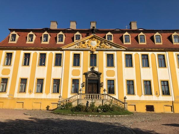 Schloß Sußnitz steht zum Verkauf