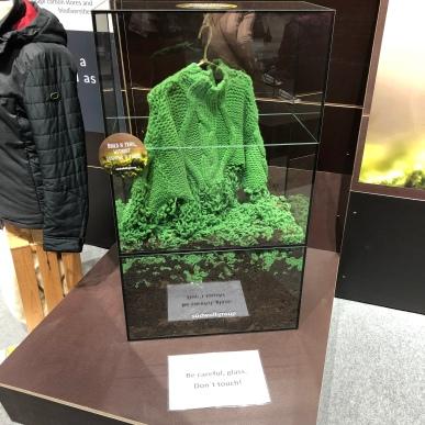 Kompostierbarer Pullover im Nachhaltigkeitsbereich der ISPO Munich
