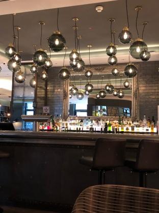 die Bar des Premier Inn